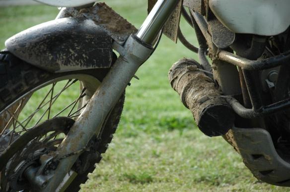 Wasserrohr am Motorrad