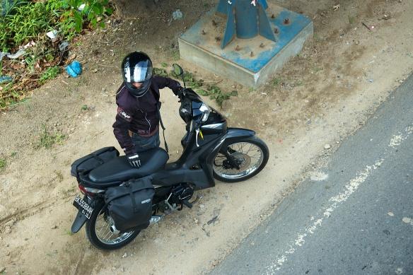 Sonjas Moped mit Seitentaschen
